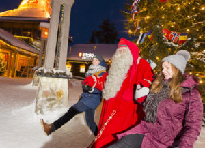 On-the-Arctic-Circle-line-in-Santa-Claus-Village-Rovaniemi (3)